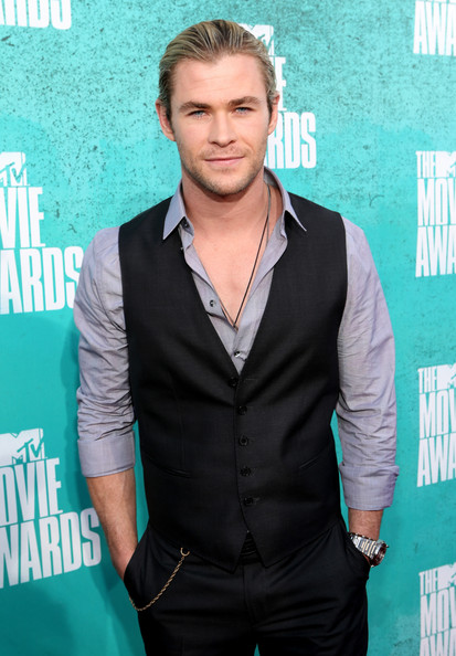 Chris Hemsworth Measurements Height and Weight