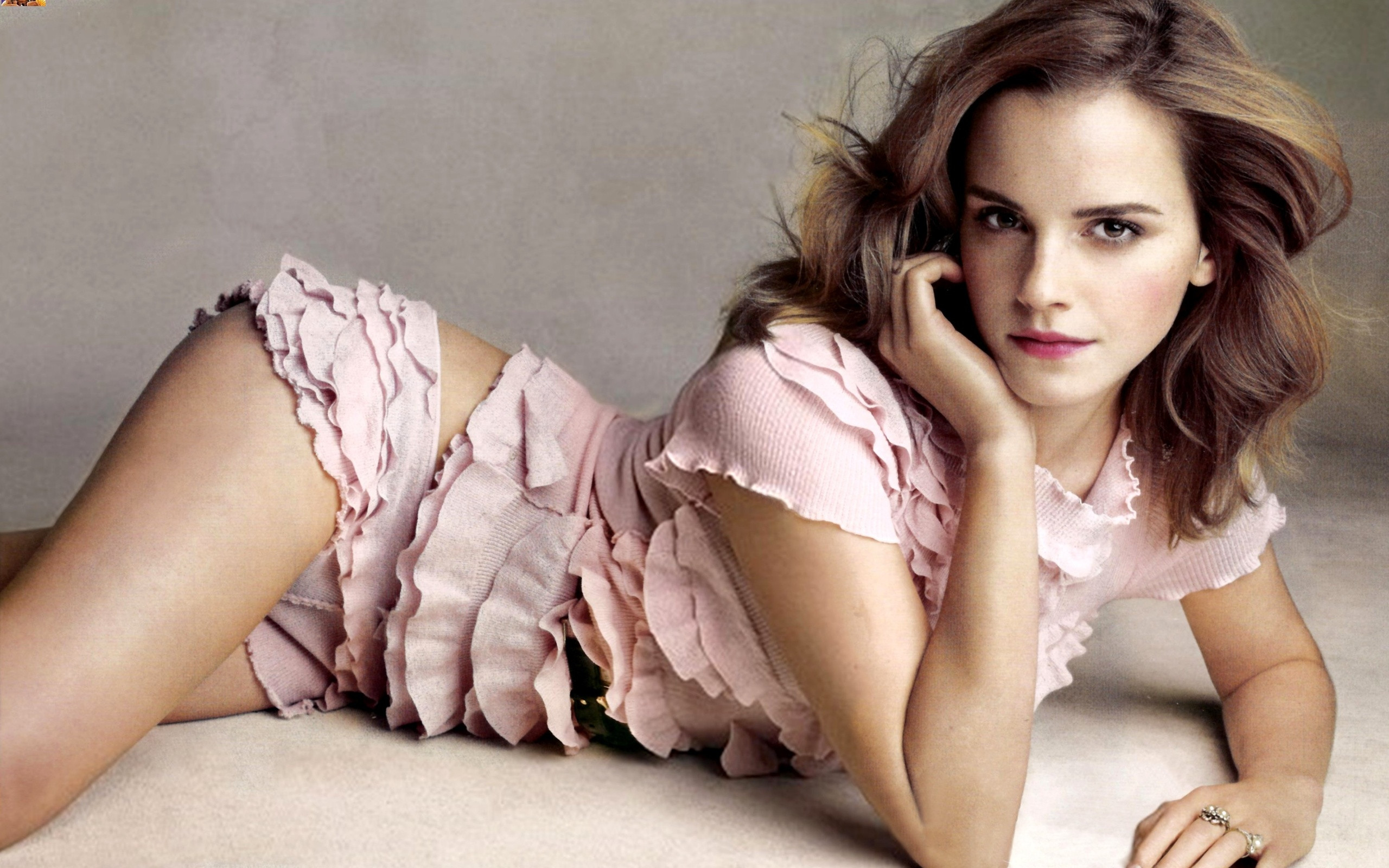 emma watson hot | height and weights
