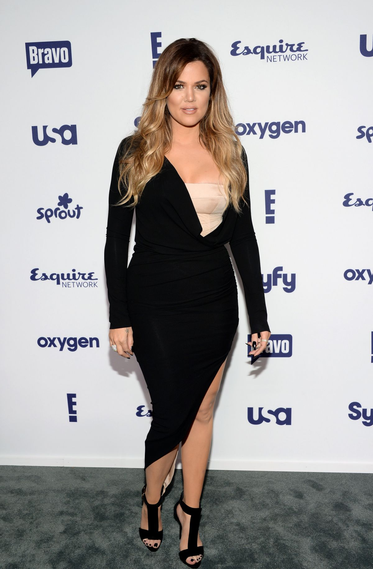 Compare Khloe Kardashian's Height, Weight, Body ...