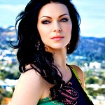 Laura Prepon Cleavage