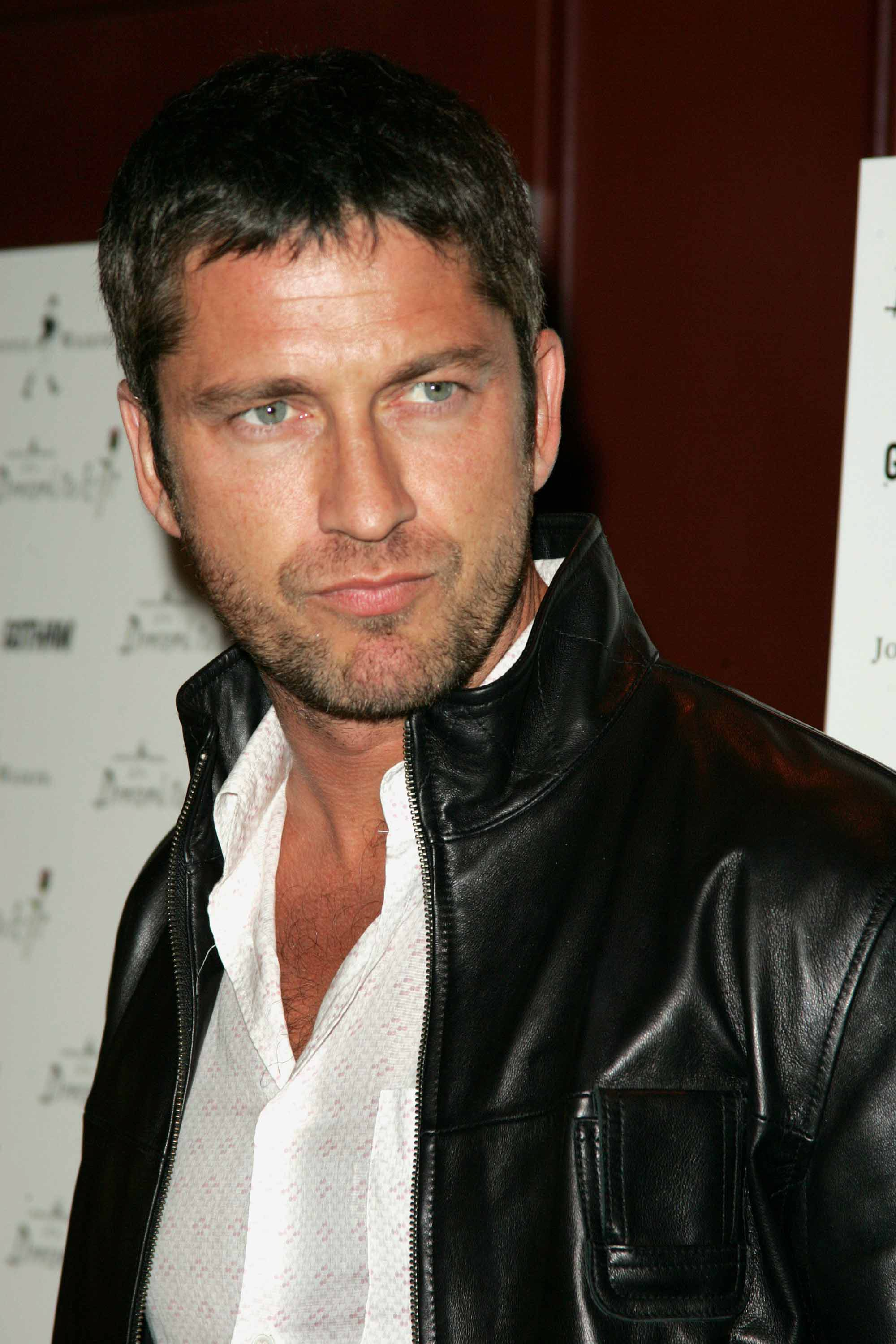Gerard Butler Face | height and weights