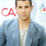 how tall is Nick Jonas?