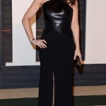 Idina Menzel Weight