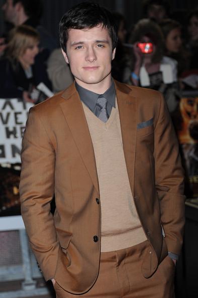 Josh Hutcherson Measur...