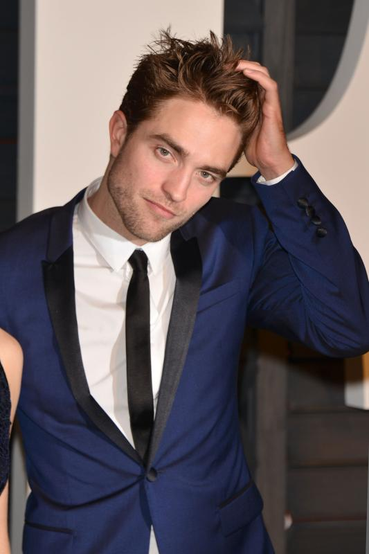 Robert Pattinson Height Workout And Body Measurements
